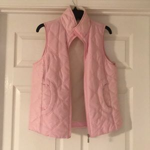 Ladies pink lightly quilted vest. Size S.